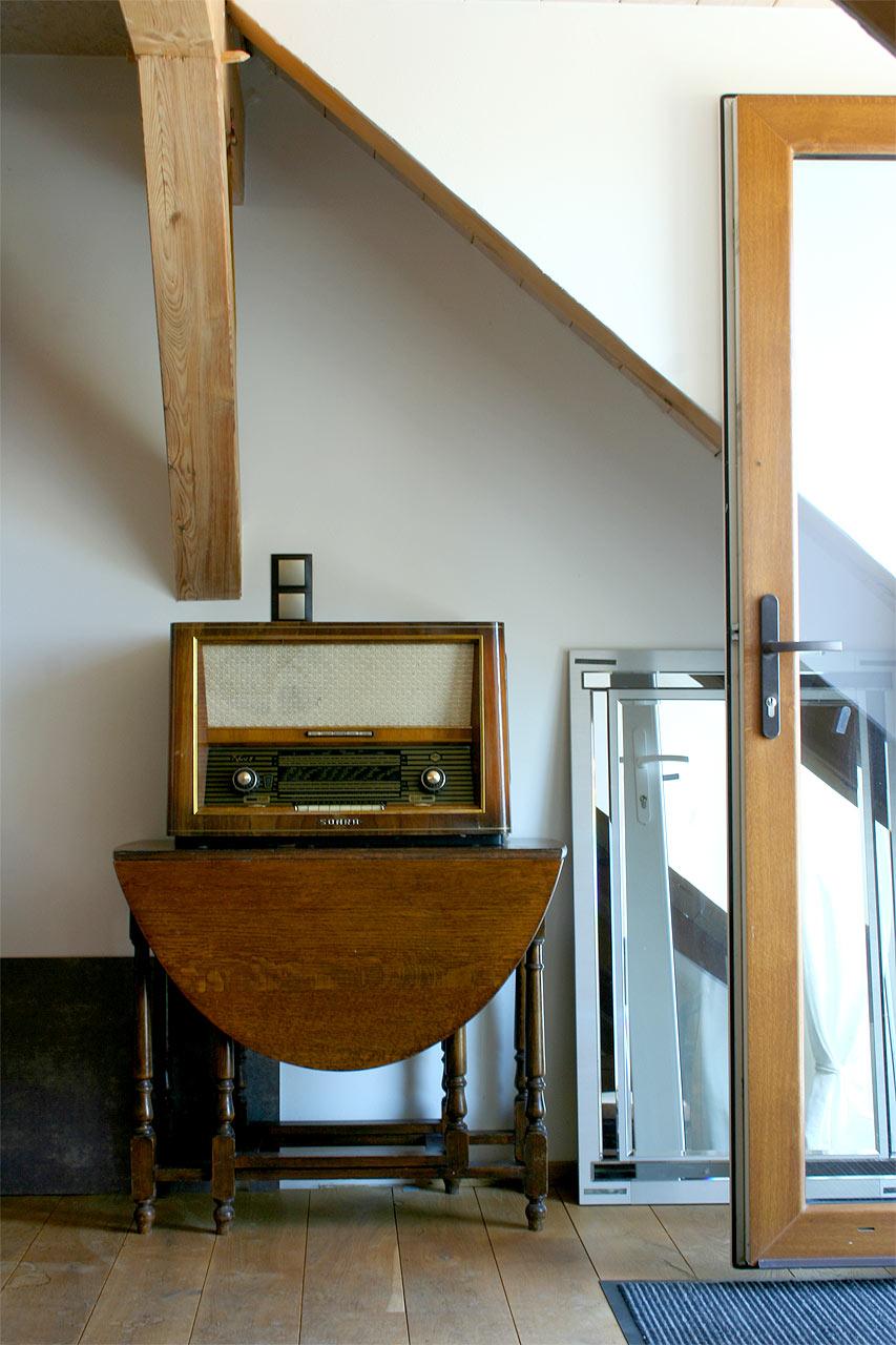 antikes Radio - Schmuckstück